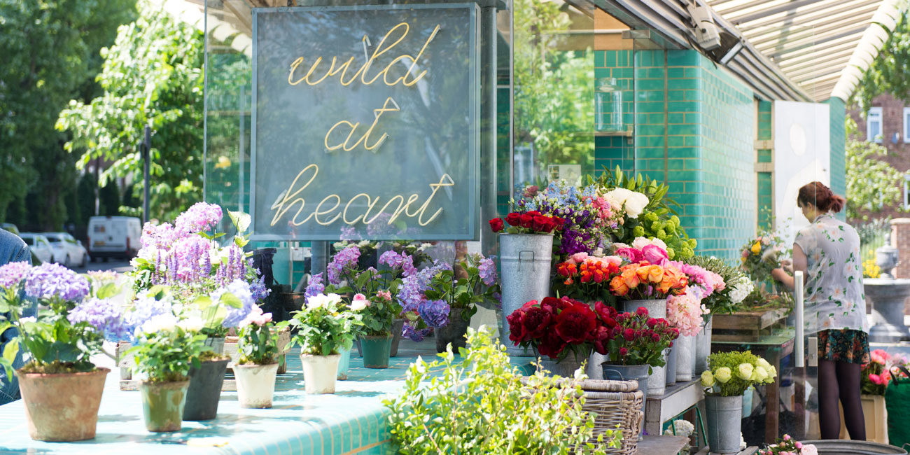Area photography, local florists + signage view