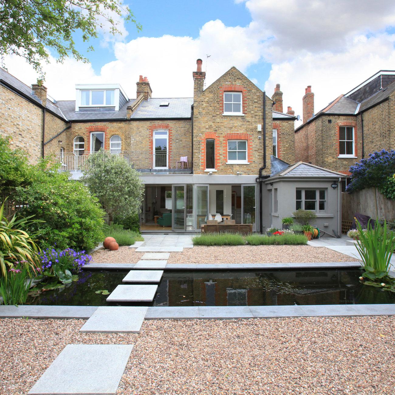 Property photography exterior back garden