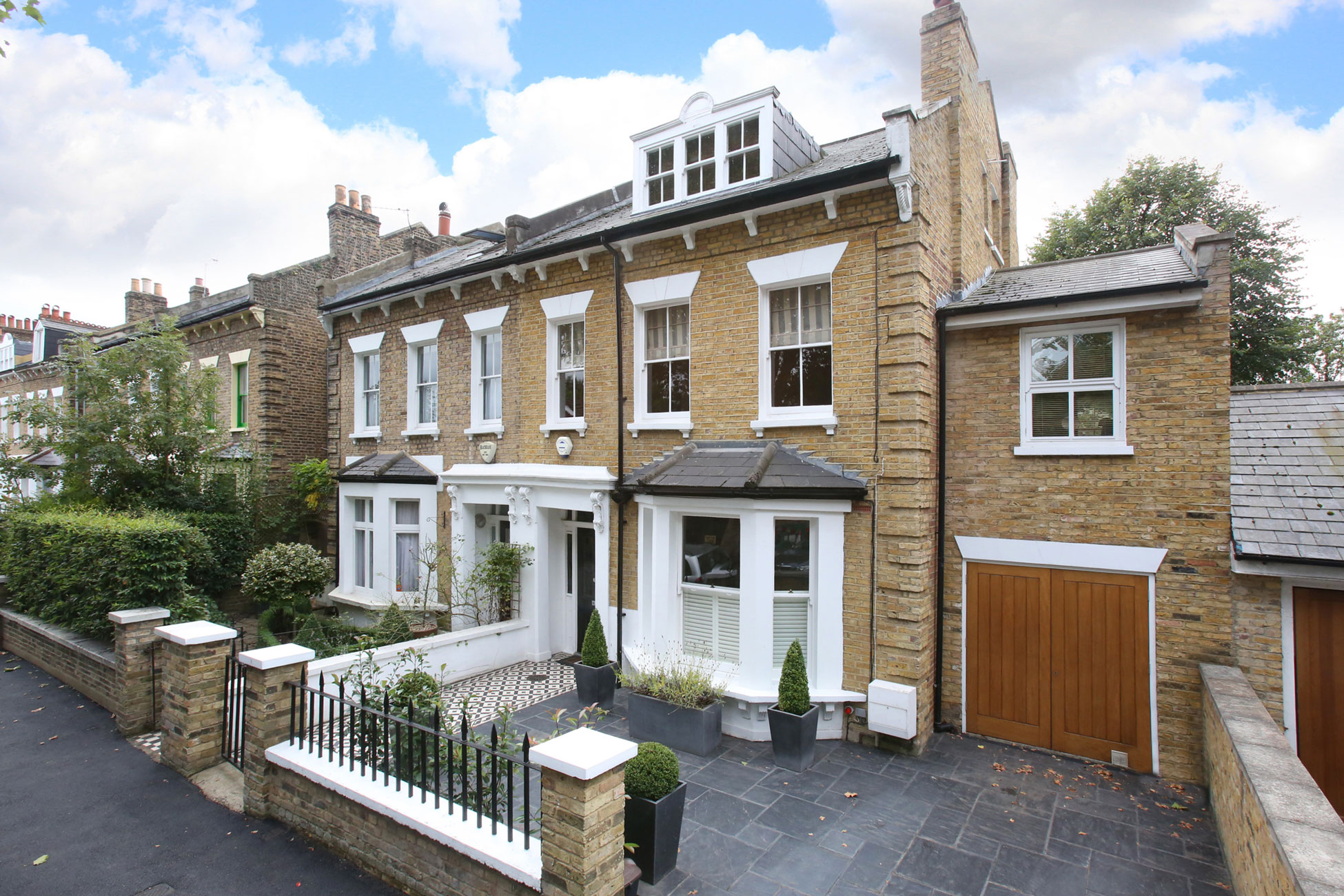 Elevated property photography, frontage + driveway London