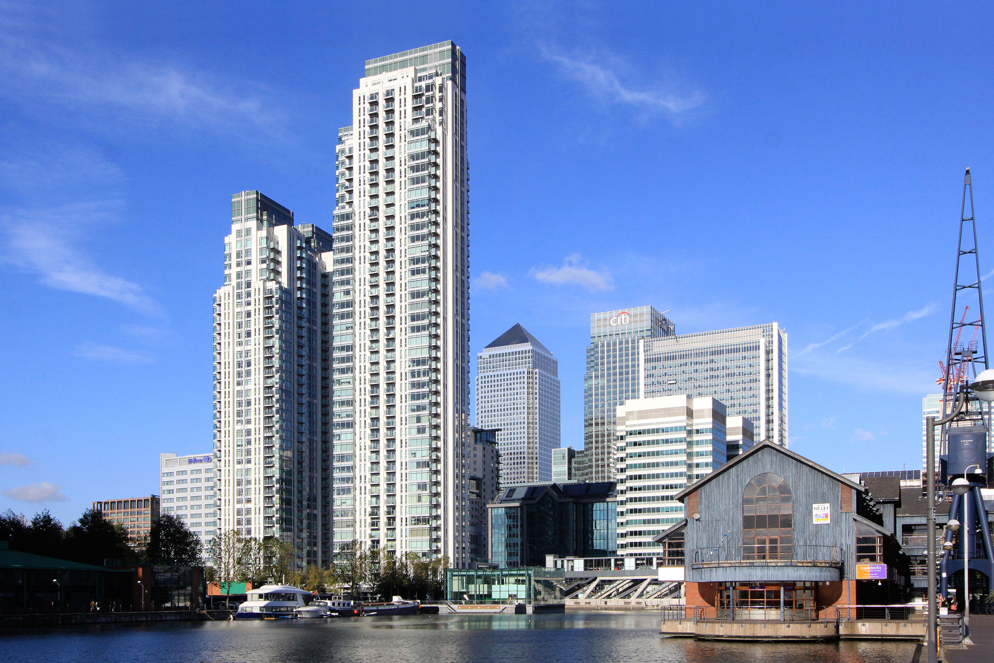Exterior photography, Canary Wharf London alt view