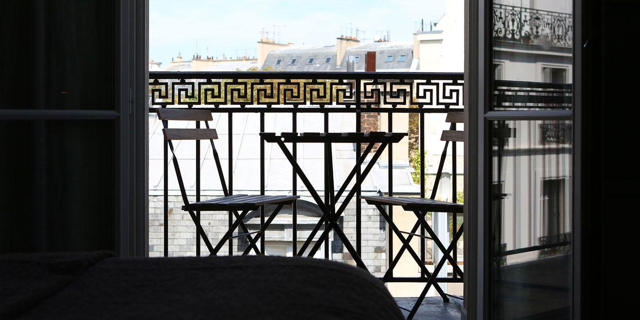 Hotel photography, balcony furnishing