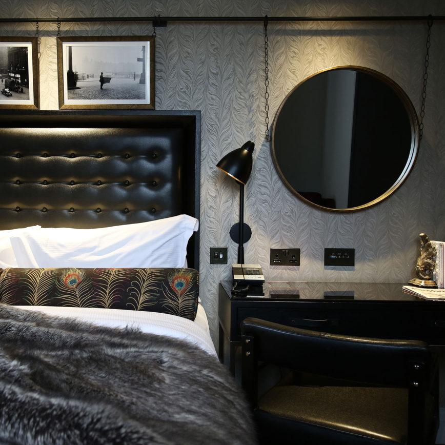 Hotel Gotham - bedroom style
