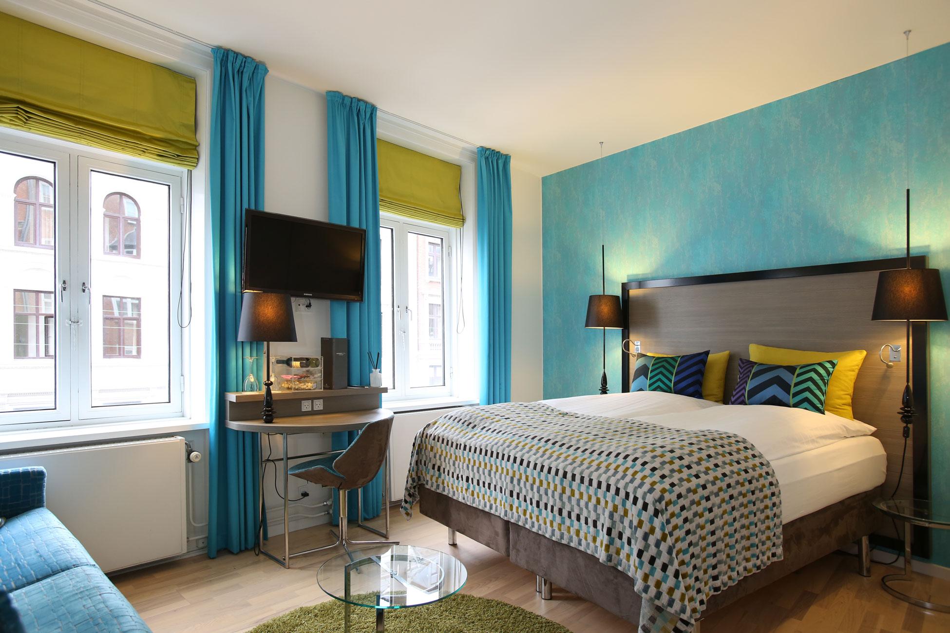 Hotel photography, bedroom interior