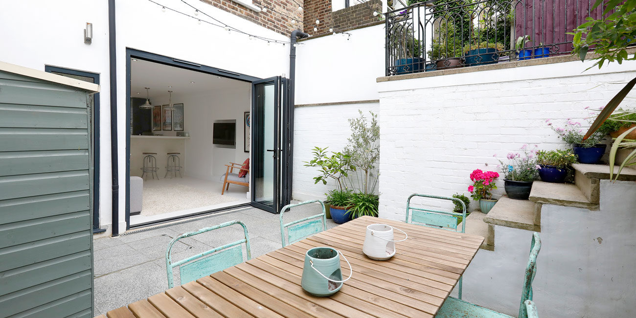 Property photography for home owners - outside living area